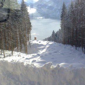 Winterdienst . Traktor . Schneeräumung (1)